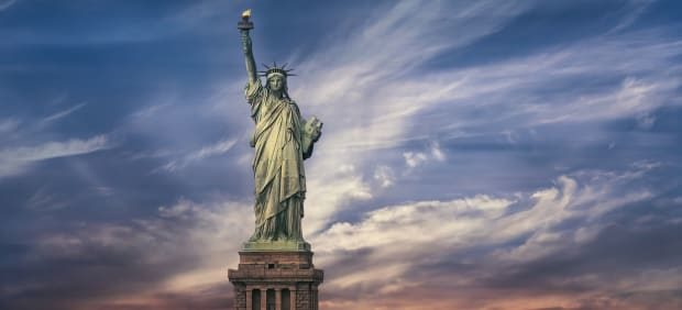 topic-statue-of-liberty-gettyimages-960610006-feature.jpg